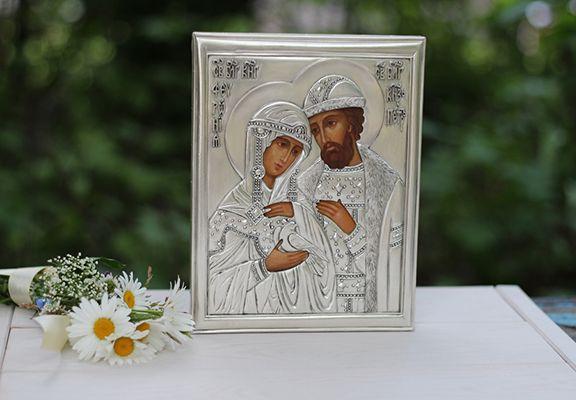 сами фото иконок подарить можно на венчание сверхширокоугольной камере